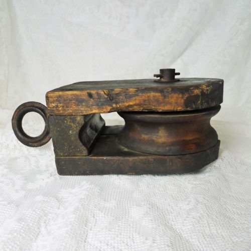 Pulley 4-1/2 Wood Wheel and Cast Iron Swivel Eye Vintage