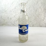 Sun Crest Beverages 10 oz. 1961 Vintage Soda Bottle #4