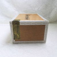 Bahia Connecticut Deluxe Robusto Empty Wood Cigar Box