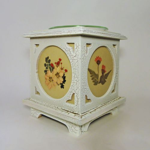 Electric Oil Tart Warmer Wood with Floral Panes No. 02