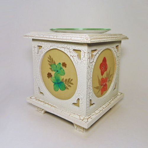 Electric Oil Tart Warmer Wood with Floral Panes No. 05
