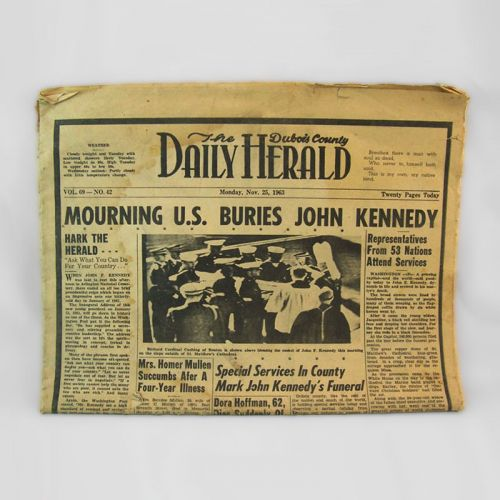Dubois County Daily Herald Nov. 25, 1963 Newspaper Mourning John Kennedy