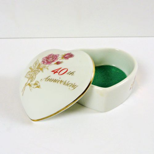 40th Anniversary Small Vintage Heart Trinket Box