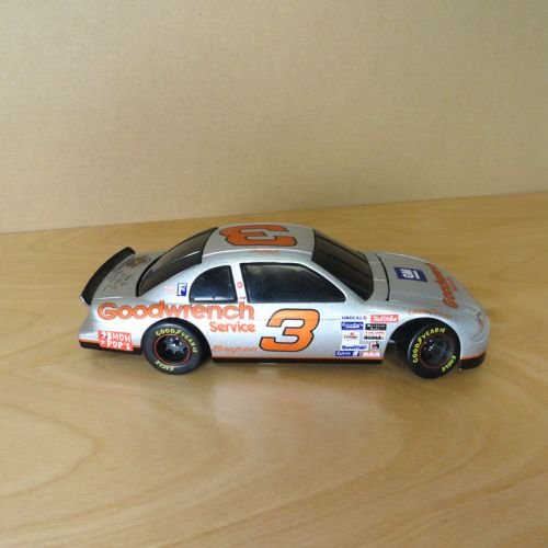 Nascar Dale Earnhardt Sr 1:24 Goodwrench Chev Monte Carlo